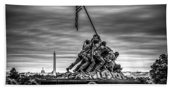 Iwo Jima Monument Black And White Bath Towel