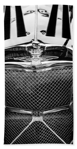 Jaguar Ss 100 Grille Emblem -0544bw Hand Towel