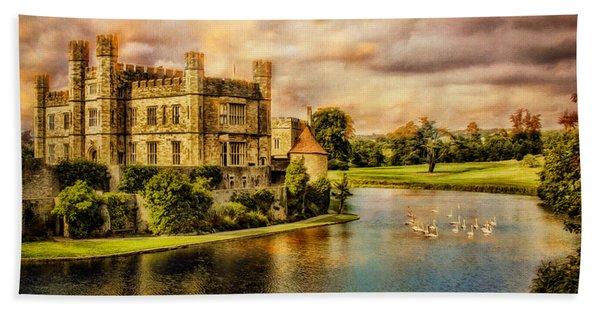 Leeds Castle Landscape Bath Towel
