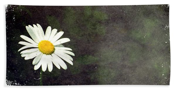 Lonesome Daisy Hand Towel