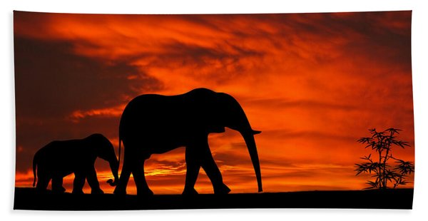 Mother And Baby Elephants Sunset Silhouette Series Bath Towel