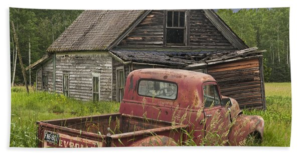 Old Abandoned Homestead And Truck Bath Towel