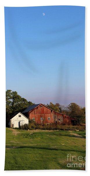 Old Barn At Sunset Hand Towel