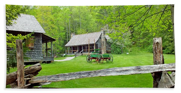Old Cabins At The Cradle Of Forestry Hand Towel