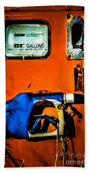 Old Farm Gas Pump Bath Towel