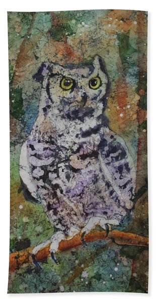 Hand Towel featuring the painting On Alert by Ruth Kamenev