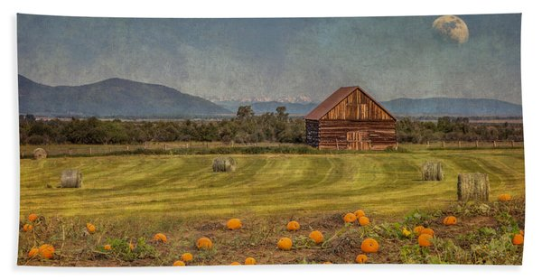 Bath Towel featuring the photograph Pumpkin Field Moon Shack by Patti Deters