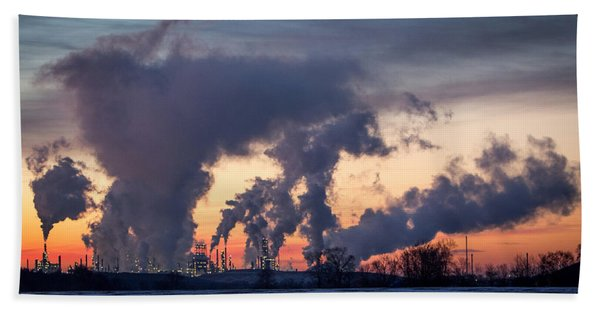 Bath Towel featuring the photograph Flint Hills Resources Pine Bend Refinery by Patti Deters
