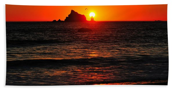 Bath Towel featuring the photograph Rialto Beach Sunset by Greg Norrell