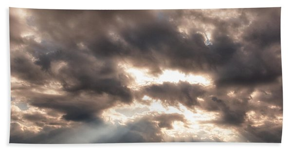 Storm Rays Bath Towel