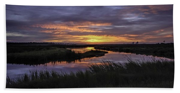 Sunrise On Lake Shelby Bath Towel