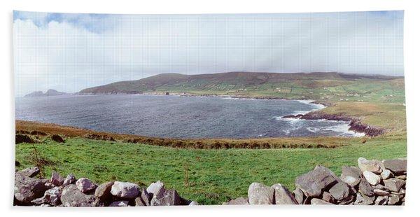 Uk, Ireland, Kerry County, Rocks Bath Towel