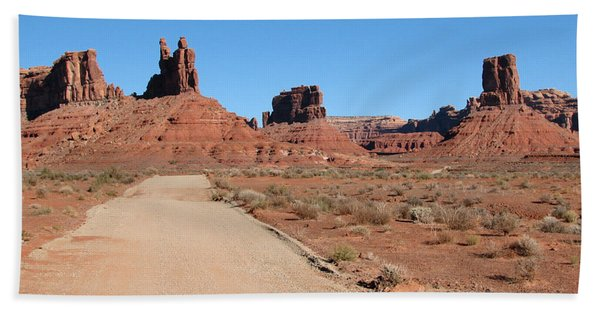 Valley Of The Gods Bath Towel