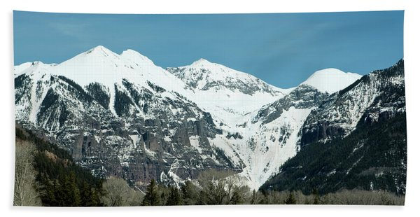 Bath Towel featuring the photograph On The Road To Telluride by Lorraine Devon Wilke