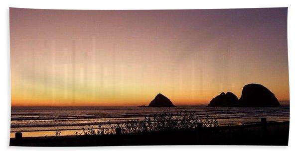 Oregon Coast 16 Bath Towel