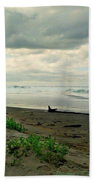 Oregon Coast 17 Bath Towel