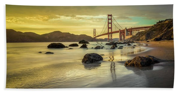 Hand Towel featuring the photograph Golden Gate Sunset by James Udall