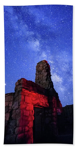 The Milky Way Over The Crest House Bath Towel
