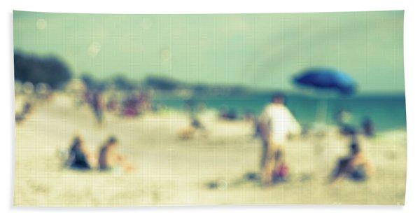 a day at the beach I Bath Towel