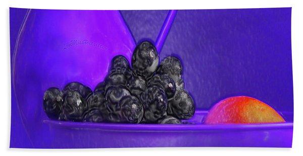 Abstract Fruit Art 53 Bath Towel