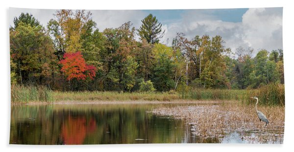 Bath Towel featuring the photograph Autumn Blue Heron by Patti Deters