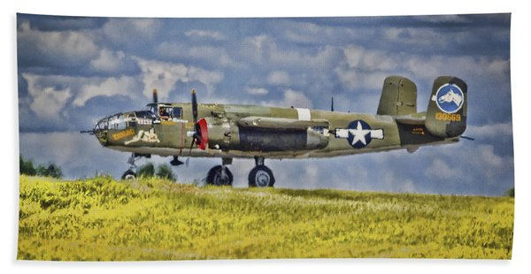 B-25 Landing Akron/canton Ohio Hand Towel