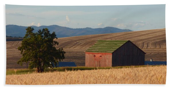 Barn And Wheat Hand Towel