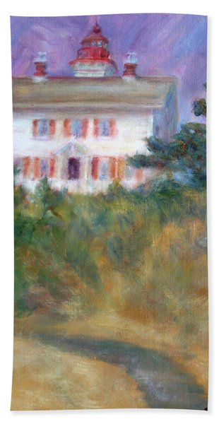 Beacon On The Hill - Lighthouse Painting Bath Towel