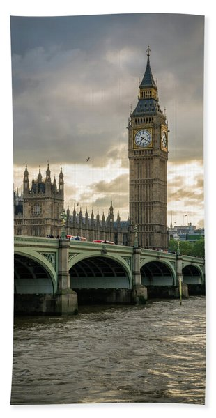Hand Towel featuring the photograph Big Ben At Sunset by James Udall