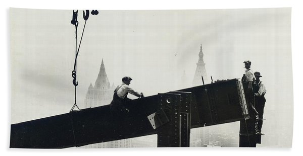 Building The Empire State Building Bath Towel
