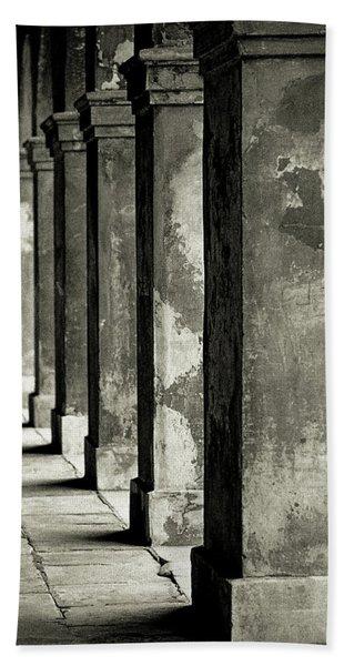 Cabildo Columns Bath Towel