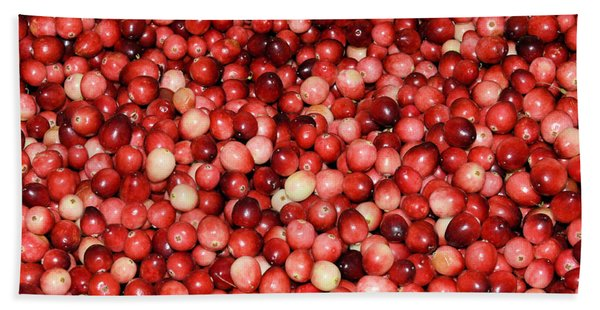 Cape Cod Cranberries Bath Towel
