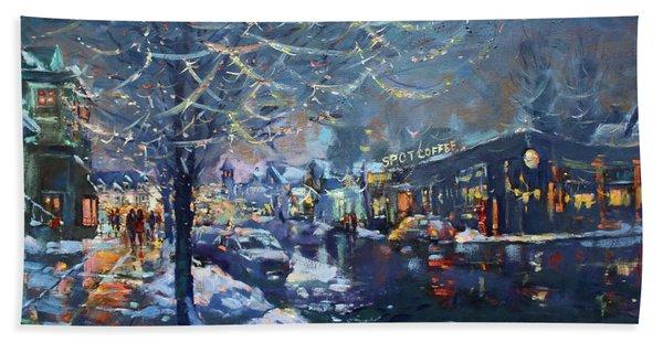Christmas Lights In Elmwood Ave  Bath Towel