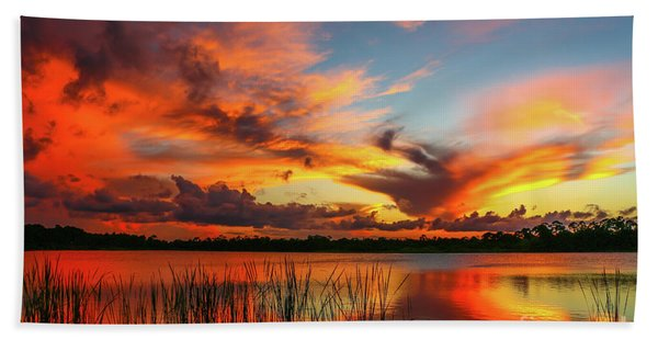 Bath Towel featuring the photograph Colorful Fort Pierce Sunset by Tom Claud