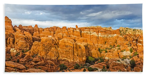 Contrasts In Arches National Park Bath Towel