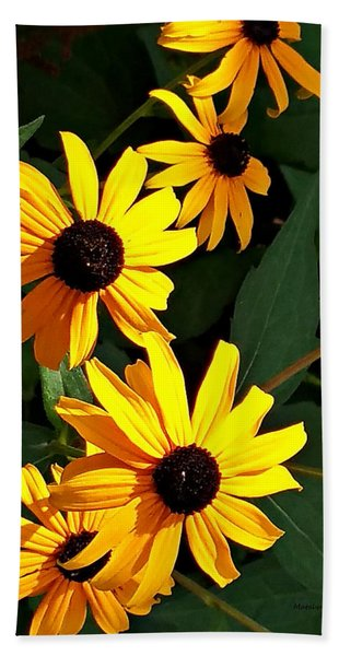 Daisy Row Hand Towel