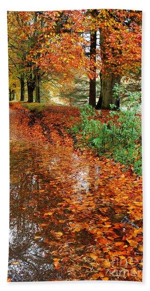 Derbyshire Leafy Lane Bath Towel
