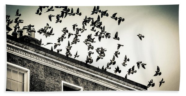Flight Over Oscar Wilde's Hood, Dublin Bath Towel
