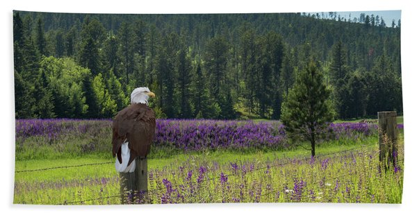 Bath Towel featuring the photograph Eagle On Fence Post by Patti Deters