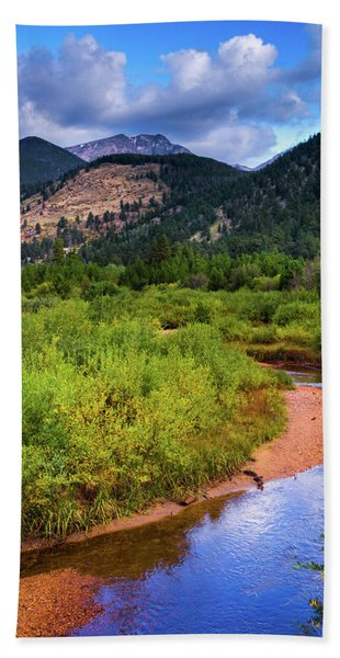 Hand Towel featuring the photograph Early Autumn In Colorado by John De Bord