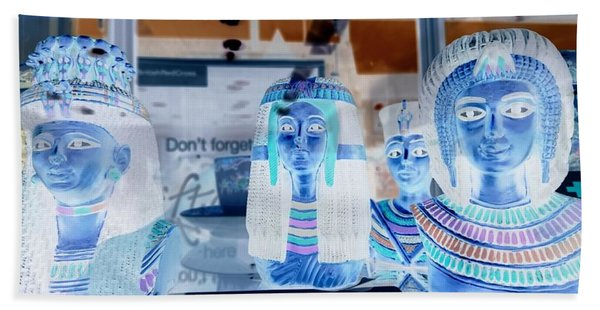 Egyptian Statues Hand Towel