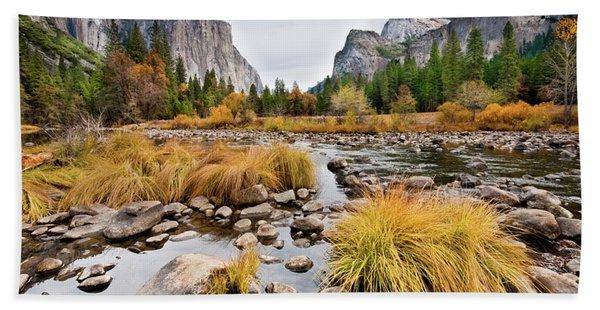 El Capitan And The Merced River In The Fall Bath Towel