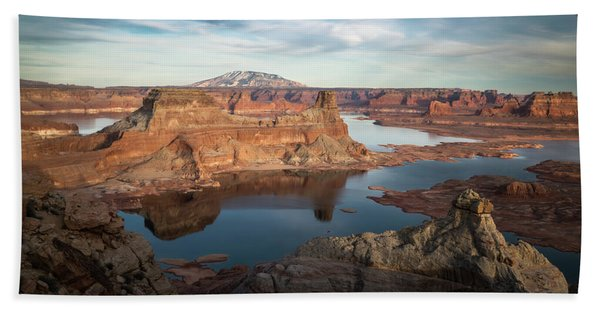 Hand Towel featuring the photograph Evening View Of Lake Powell by James Udall