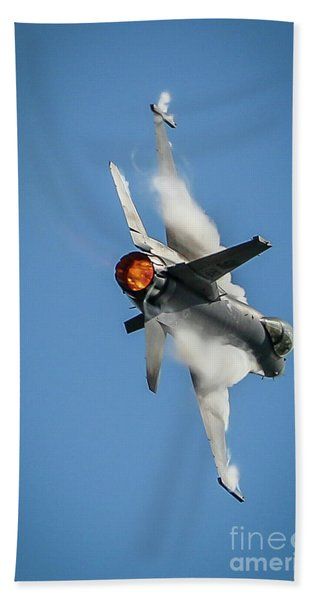Bath Towel featuring the photograph F-16 Banks Right by Tom Claud