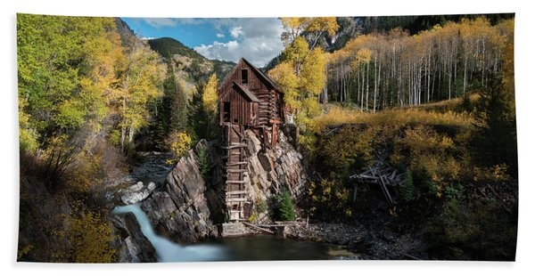 Hand Towel featuring the photograph Fall At Crystal Mill by James Udall