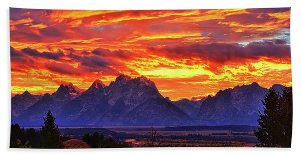Bath Towel featuring the photograph Fire In The Teton Sky by Greg Norrell
