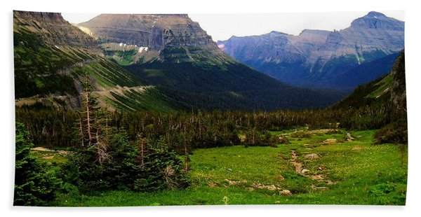 Going To The Sun Road Bath Towel