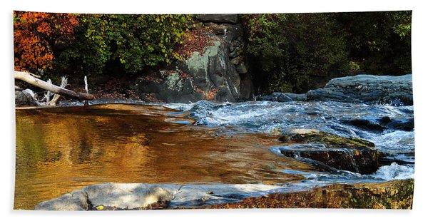 Gold Water By The Thetford Bridge Bath Towel