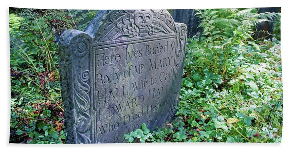 Grave Of Mary Hall Hand Towel