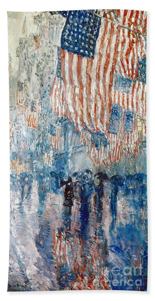 Hassam Avenue In The Rain Bath Towel